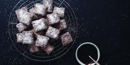 Recette pour cubes au chocolat et noix de coco